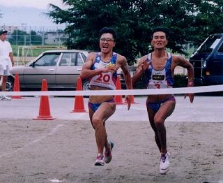 長井大会(山形県)で名取さんとデッドヒートで勝つ